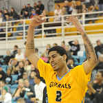 Justin Sheely | The Sheridan PressSheridan's AJ Bramah waves to the crowd at the Bruce Hoffman Golden Dome Saturday, Feb. 17, 2018. The Generals beat the Pronghorns 85-70.