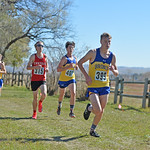 Bud Denega | The Sheridan Press Sheridan's Garett Avery leads a pack of runners during the state cross-country meet at the Sheridan Veterans Affairs Medical Center Saturday, Oct. 20, 2018.